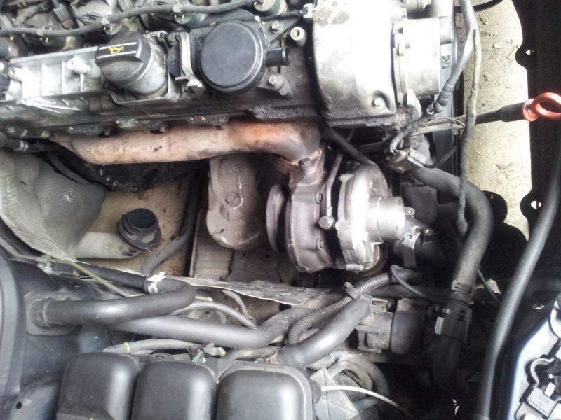 W211 ohjaustehostimen öljyn vaihto